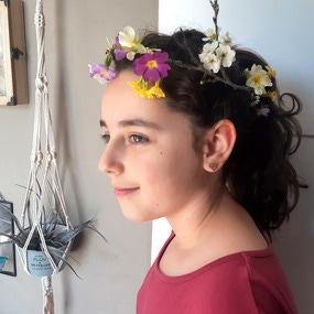 Tutoriel diy couronne florale avec fleurs fraîches